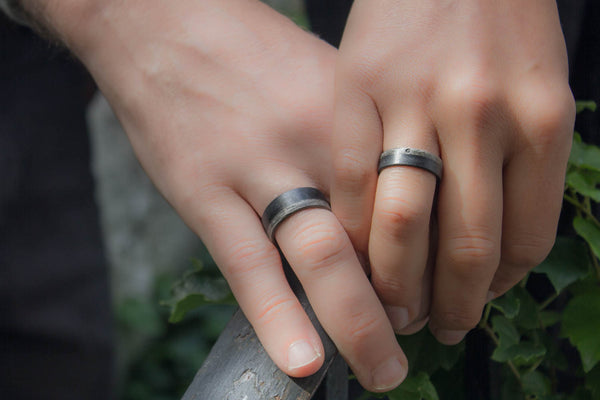 Graphite and bentwood wedding bands with Swarovski (03500_6S7N)