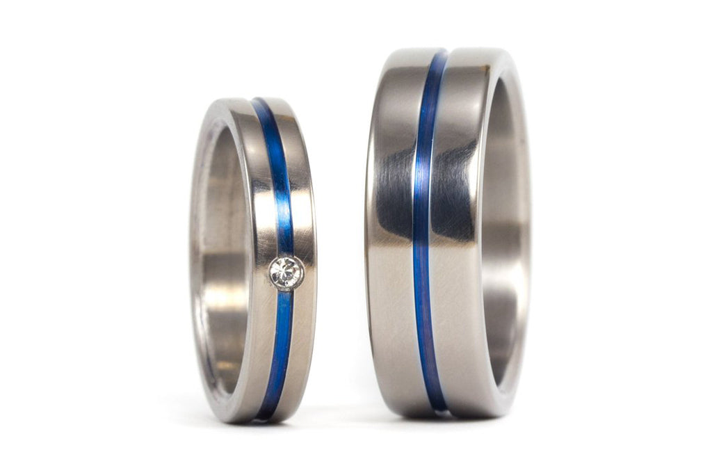 Polished titanium wedding bands with anodized inlay and Swarovski (00016_4S1_7N)