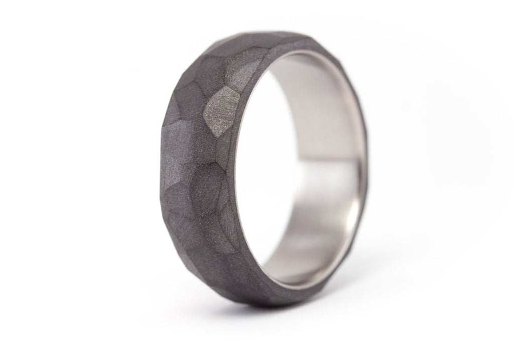 Hammered graphite and titanium ring (01301_7N)