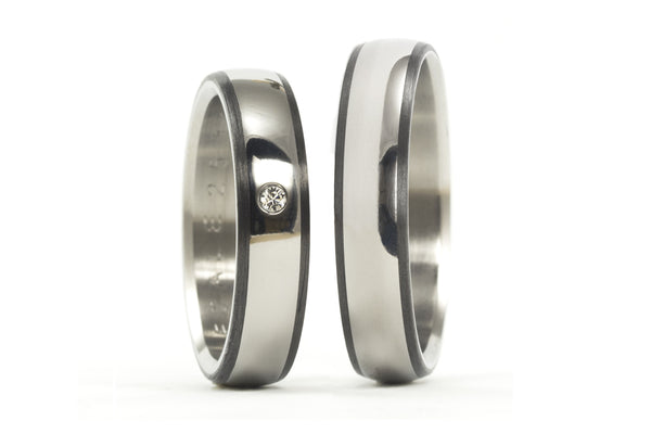 Titanium and carbon fiber polished wedding bands with a Swarovski (00340_5S1_5N)