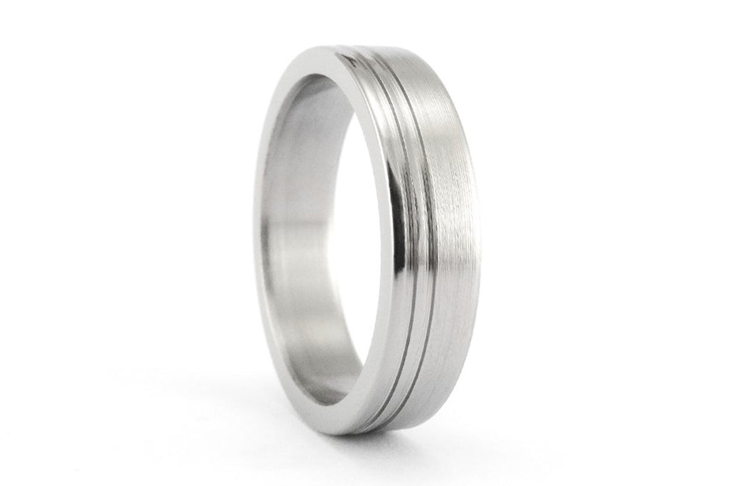 Men's brushed titanium ring with polished inlays (00026_5N)