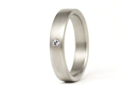 Matte titanium ring with Swarovski (00002_4S1)