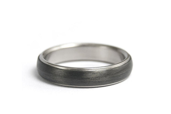 Titanium and carbon fiber ring (00305_4N)