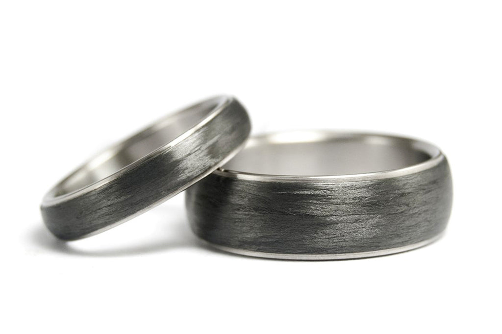 Titanium and carbon fiber wedding bands (00305_4N7N)