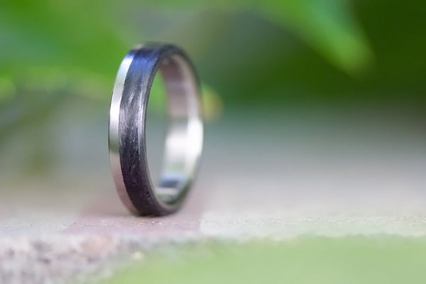 Titanium and carbon fiber ring (00309_4N)