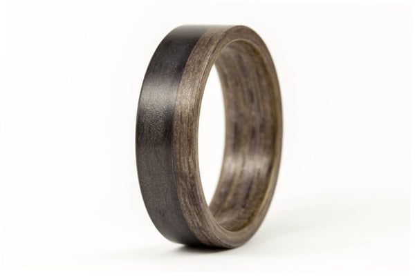 Graphite and bentwood ring (03500_7N)