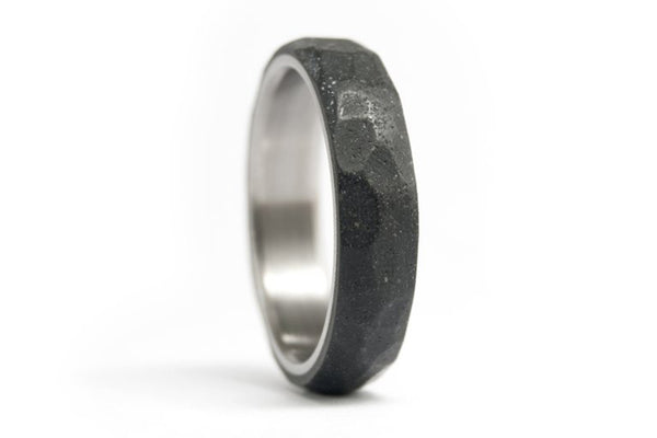 Hammered titanium and concrete wedding bands (00703_4N4N)