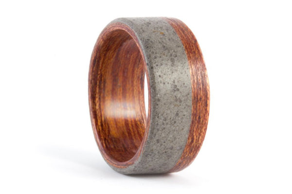 Concrete and cedar bentwood ring (00900_8N)