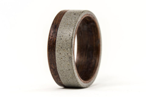 Concrete and wenge bentwood ring (00901_8N )