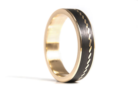 18ct yellow gold with carbon fiber ring (04704_5N)