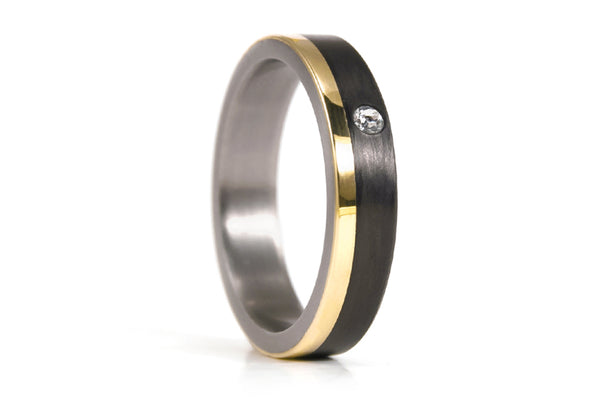 18ct gold, titanium and carbon fiber ring with Swarovski (00424_4S1)