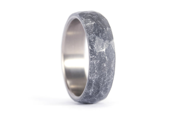 Hammered titanium and silvered resin ring (01303_7N)