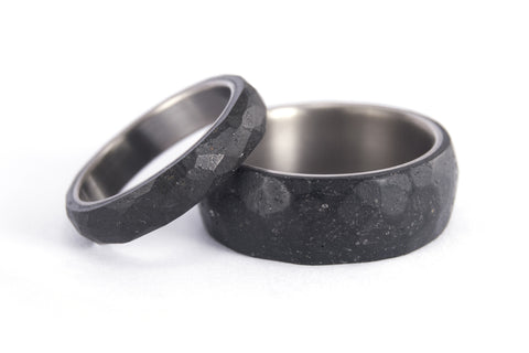 Hammered titanium and concrete wedding bands (00703_4N7N)
