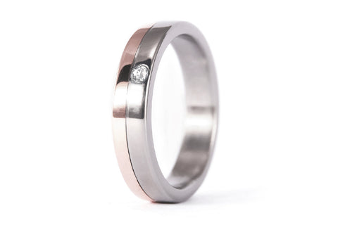 18ct rose gold and titanium ring with Swarovski (00555_6S1)