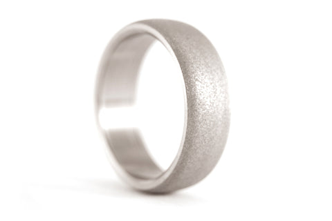 Sandblasted titanium ring (00011_7N)