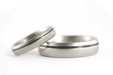 Titanium and carbon fiber wedding bands (00301_4N7N)
