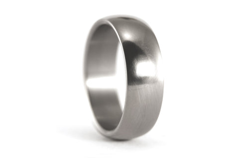 Polished titanium ring (00001_7N)