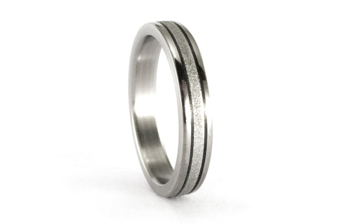 Sandblasted titanium and carbon fiber ring (00343_4N)