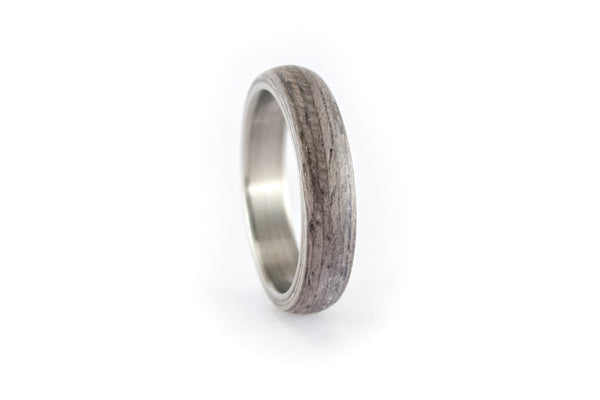Titanium and bentwood ring (00506_4N)