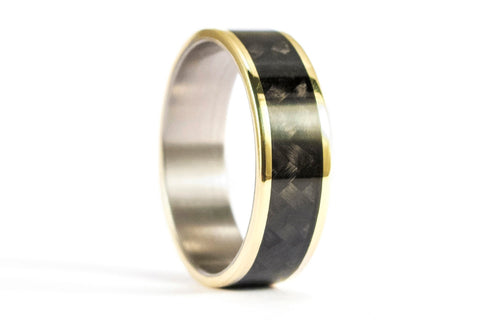 18ct gold, titanium and carbon fiber ring (04708_6N)