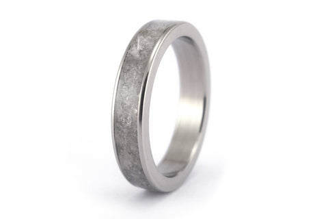 Titanium and mica ring (03233_4N)