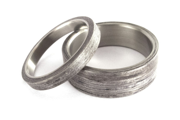 Titanium and bentwood wedding bands (00500_4N7N)