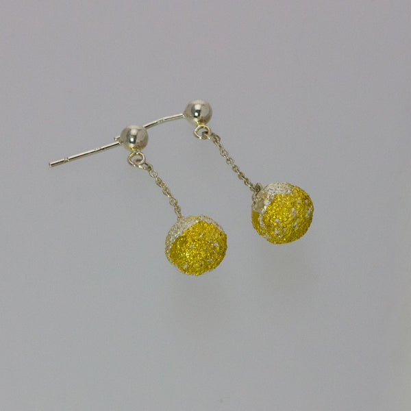 Silver and Gold Snowballs
