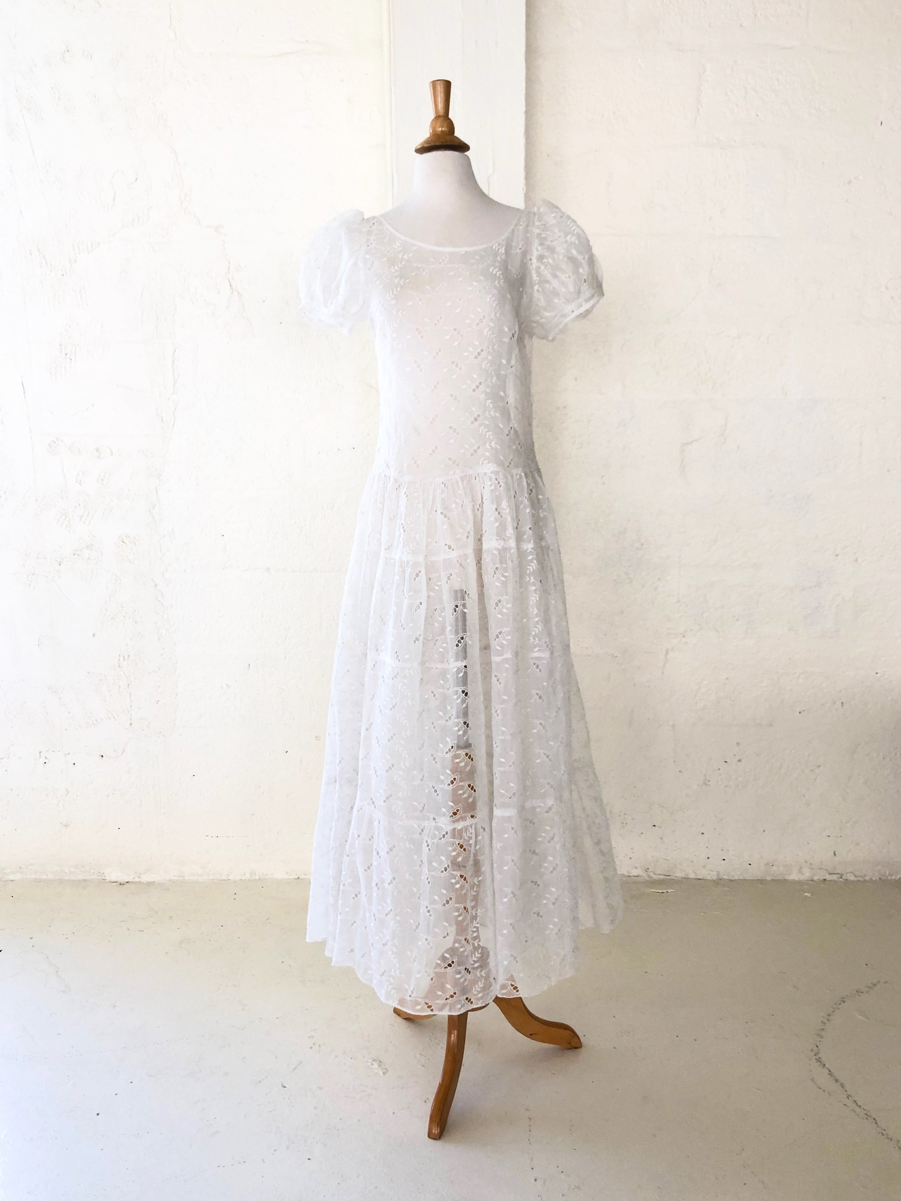 1930's Lily of The Valley Motif Eyelet Dress