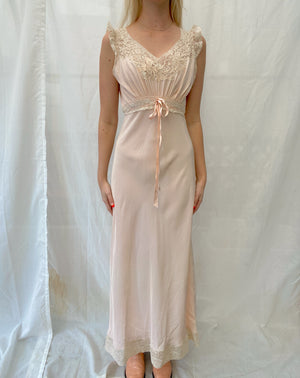 1940's Pastel Pink Slip with Cream Lace