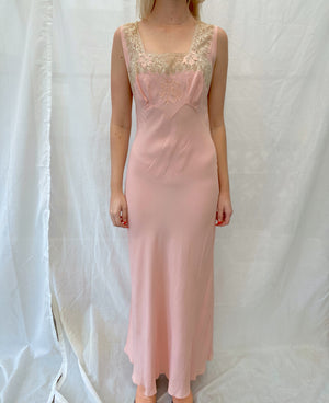 1930's Peachy/ Pink Crepe Slip with Cream Scalloped Lace Trim
