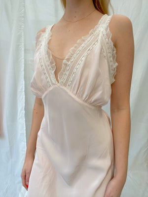 1940's Blush Pink Slip with White Lace