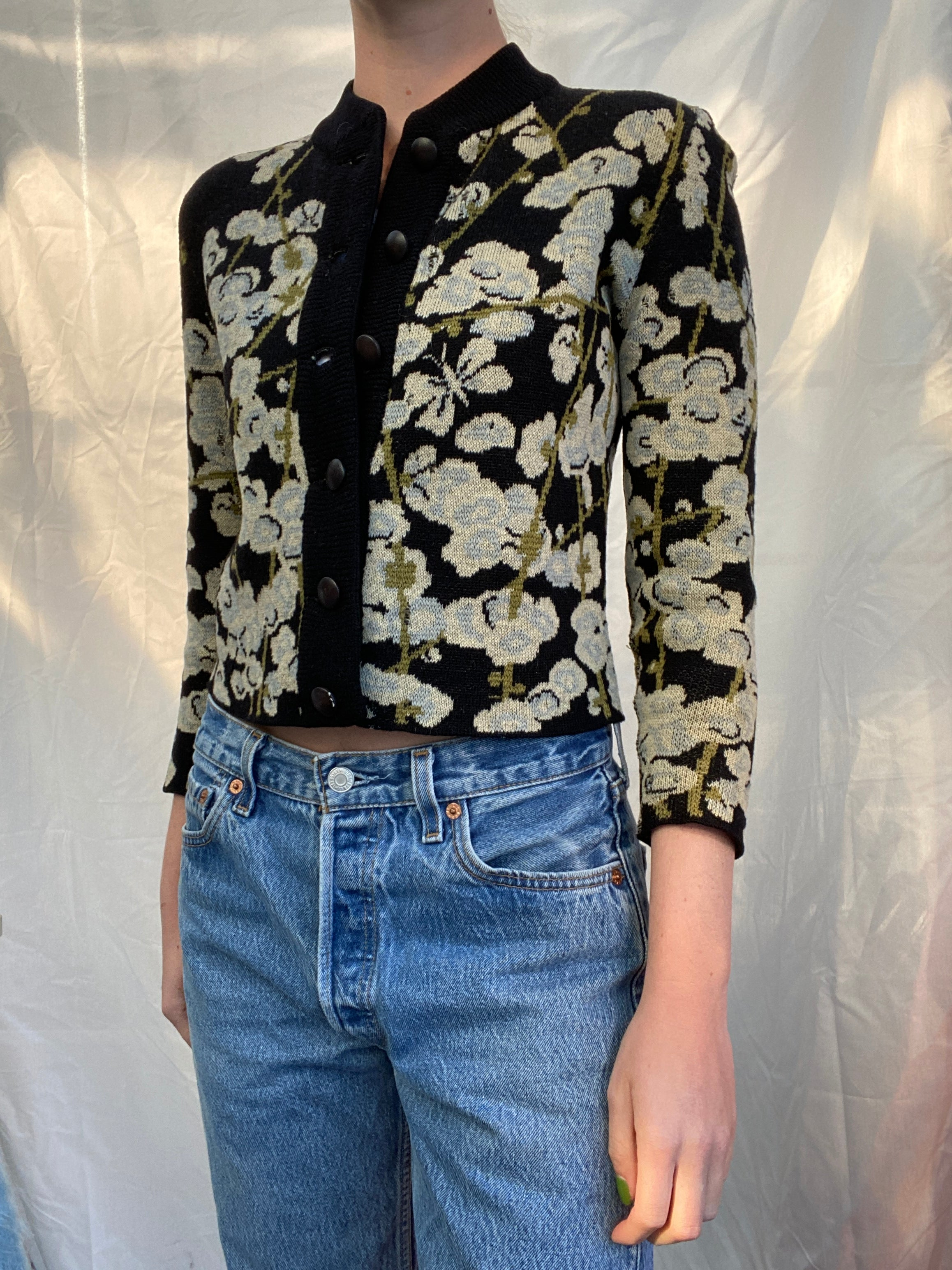 Cropped Floral and Butterfly Print Cardigan