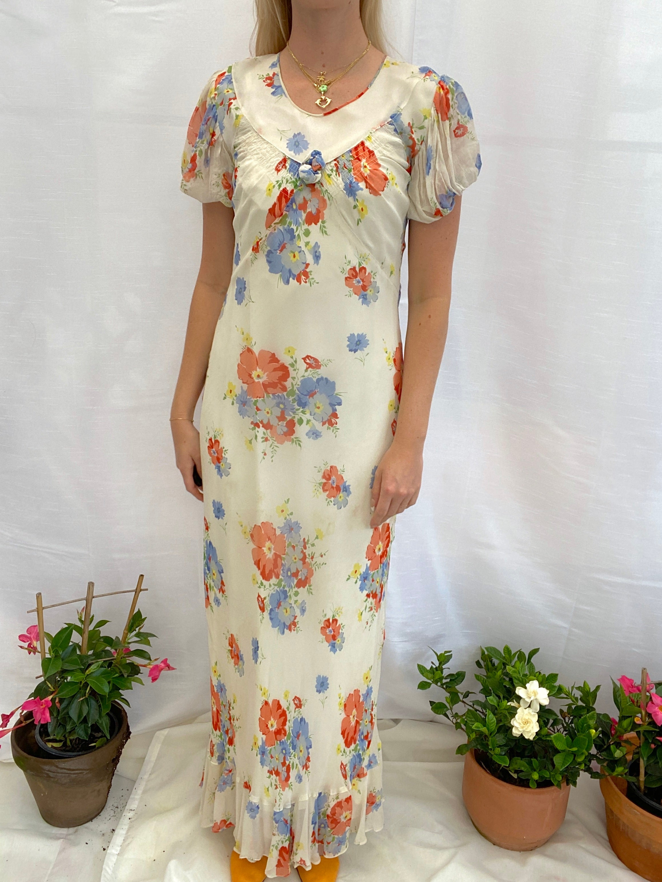 1930's Floral Print Crepe Gown With Puffed Sleeve