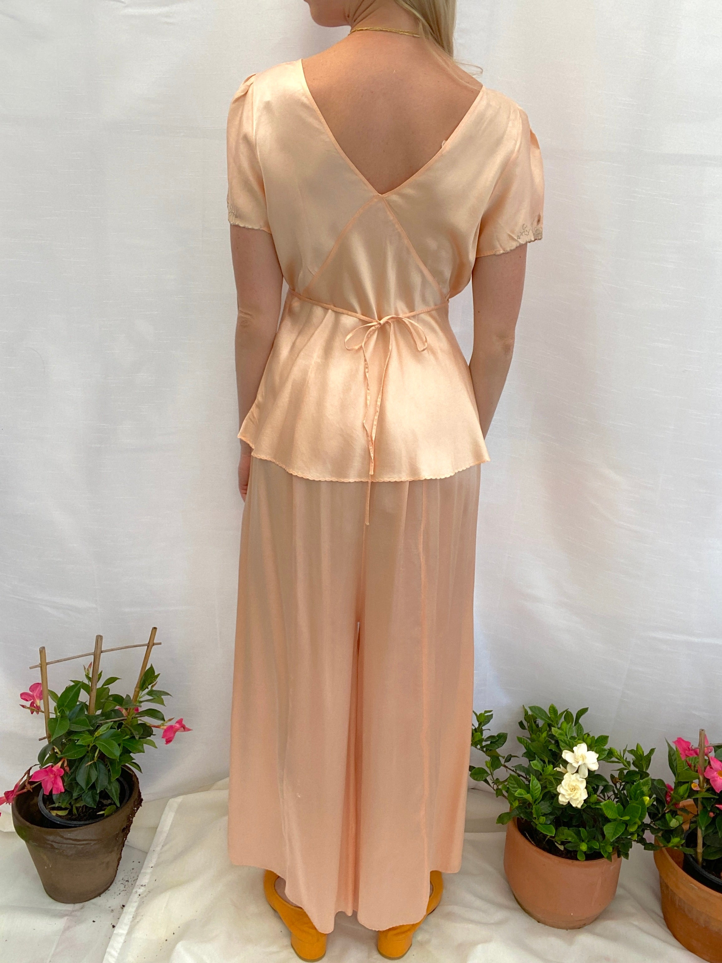 1930's Peachy Pink PJ Set