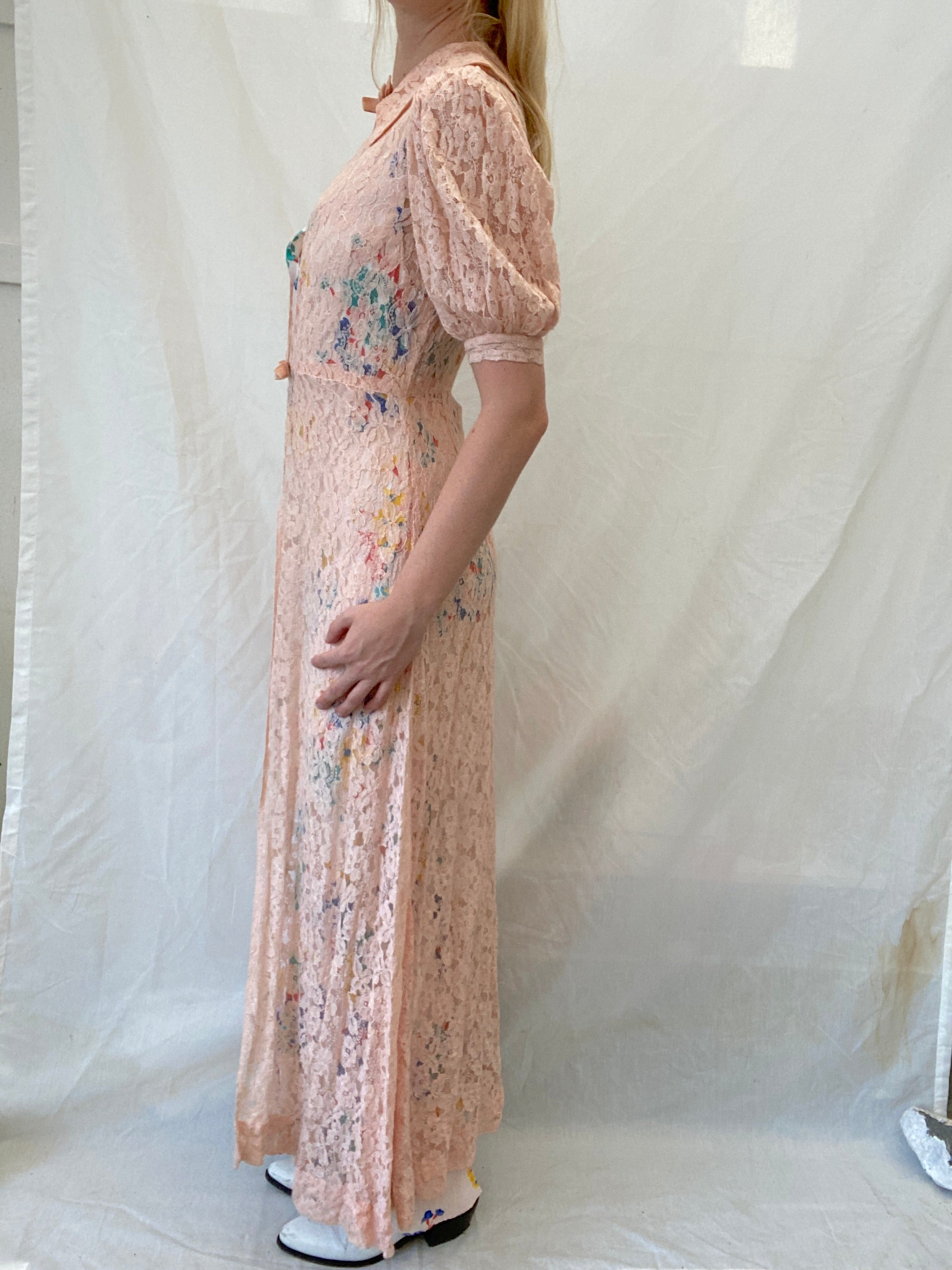 1930's Pink Lace Robe with Velvet Ribbons