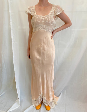 1940's Peach Slip with White Lace Bust