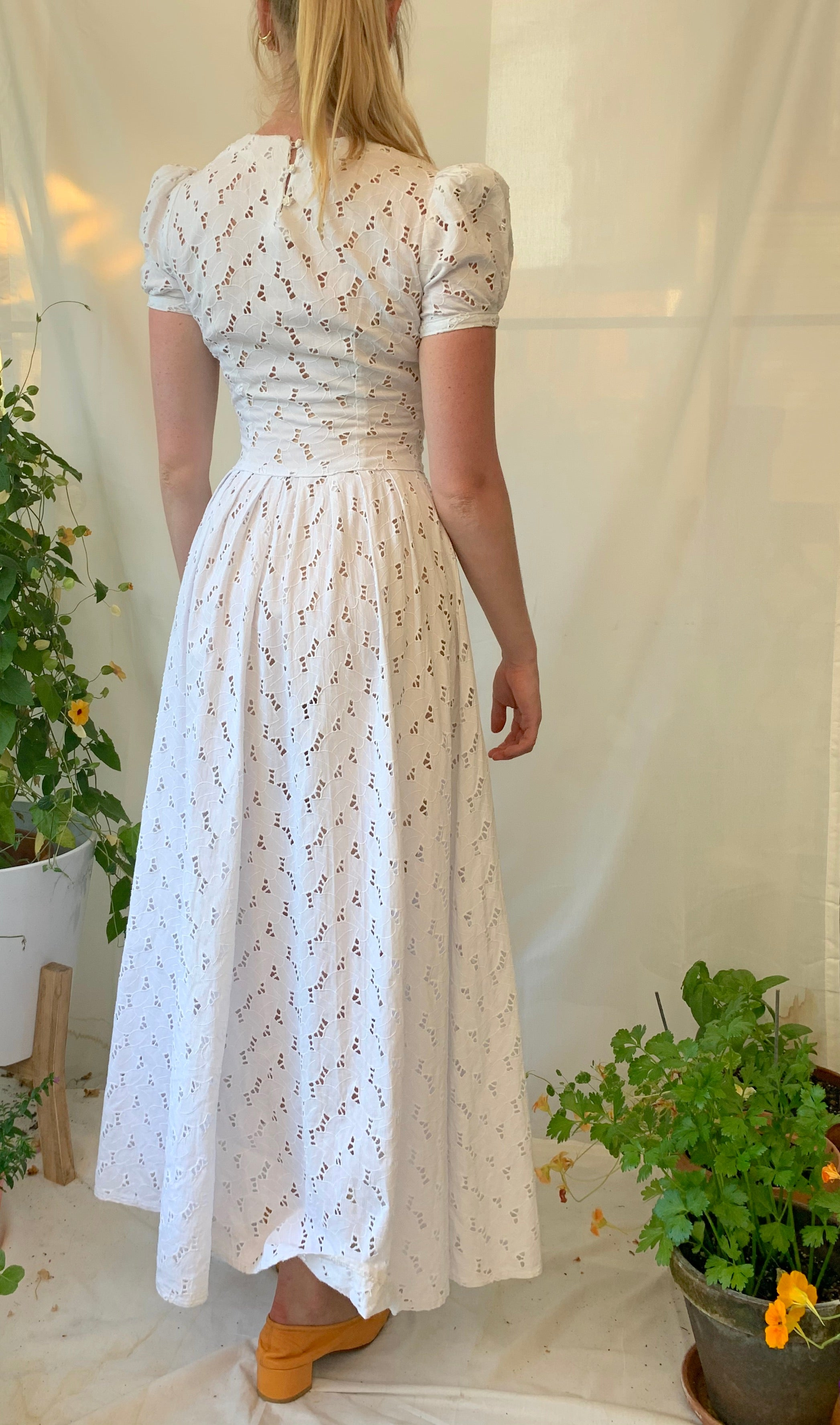 1940's White Cotton Open Leaf Embroidered Dress