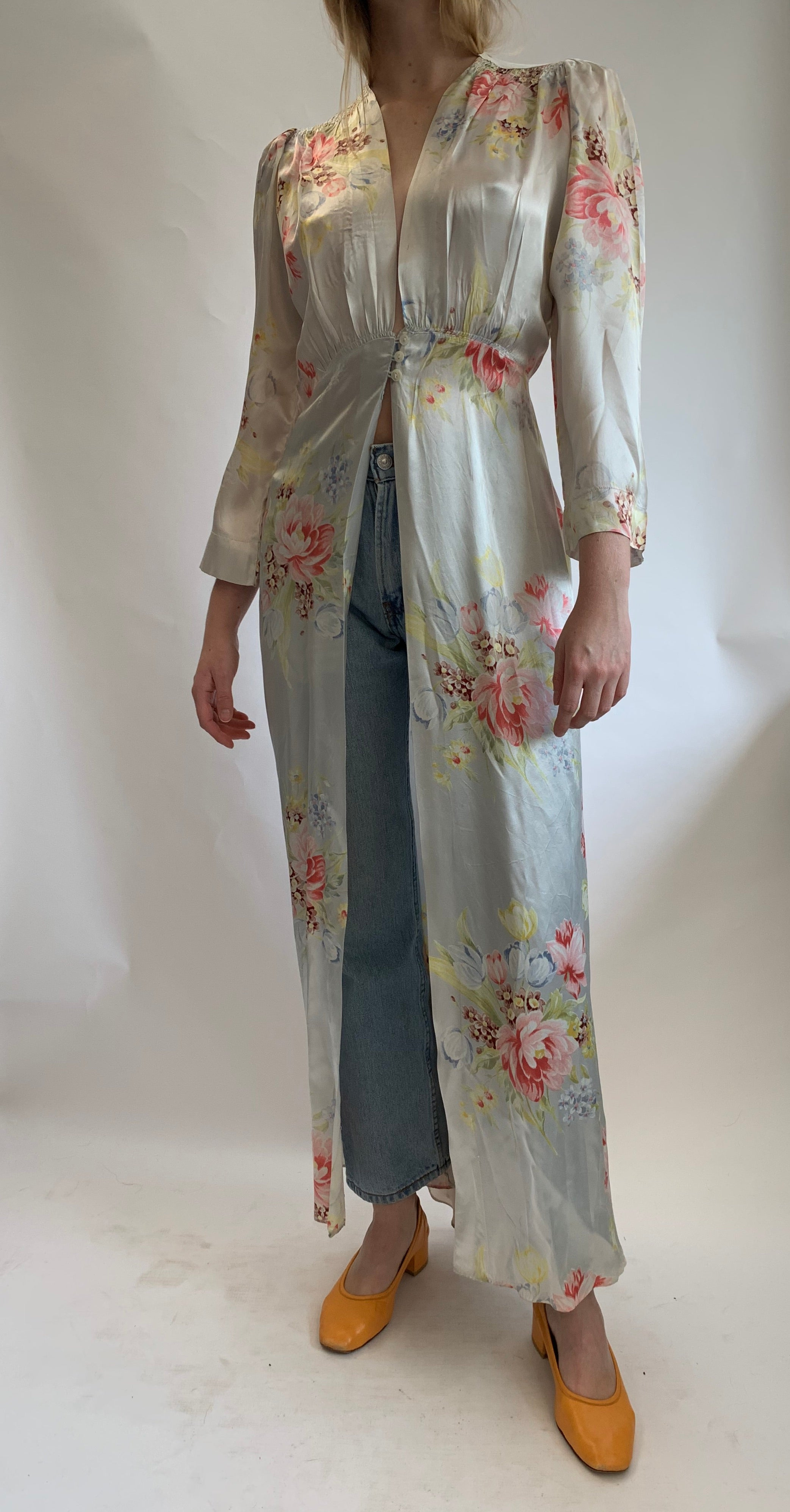 Light Blue Floral Long Sleeve Robe
