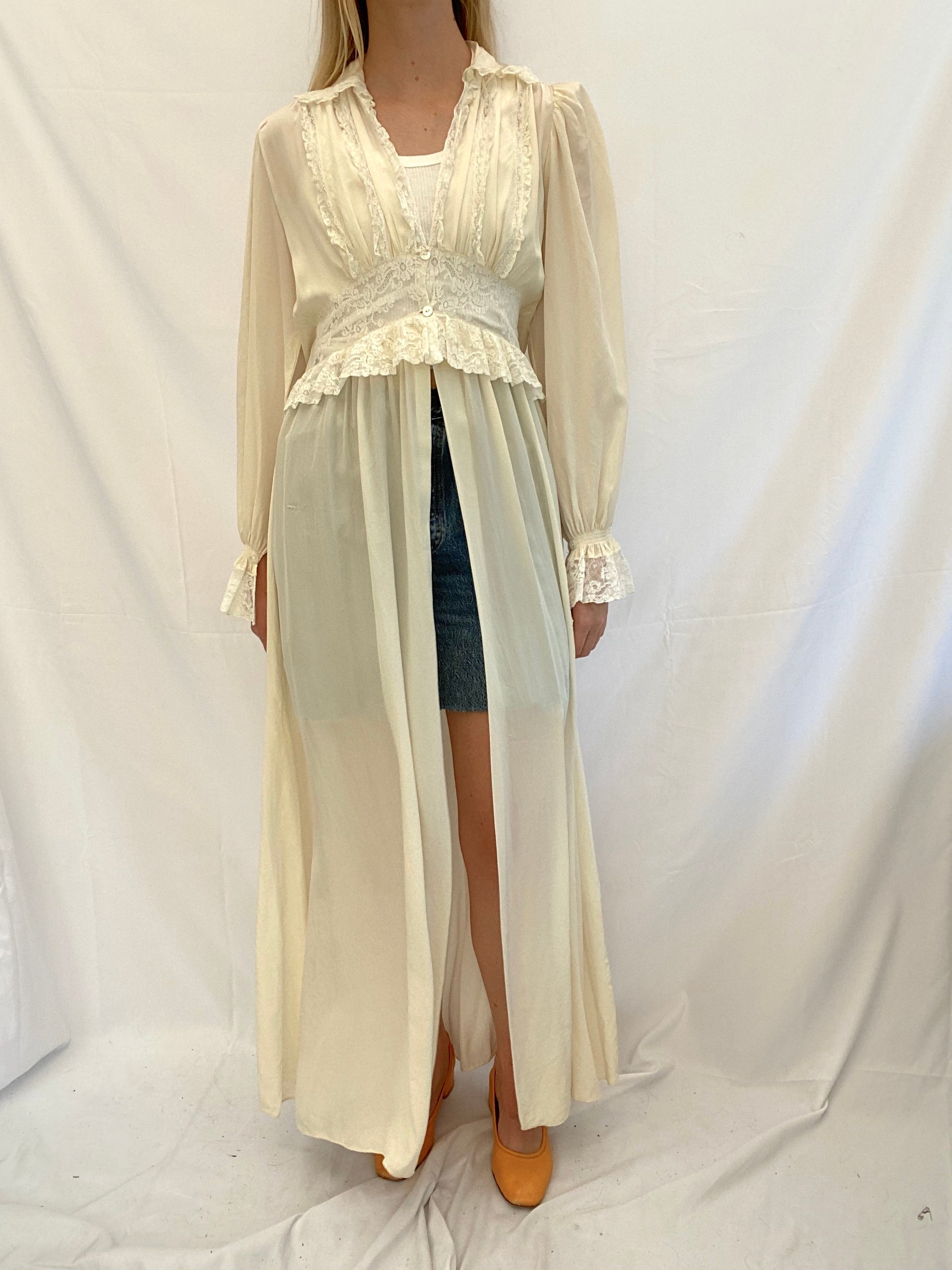 Cream and White Lace Silk Robe