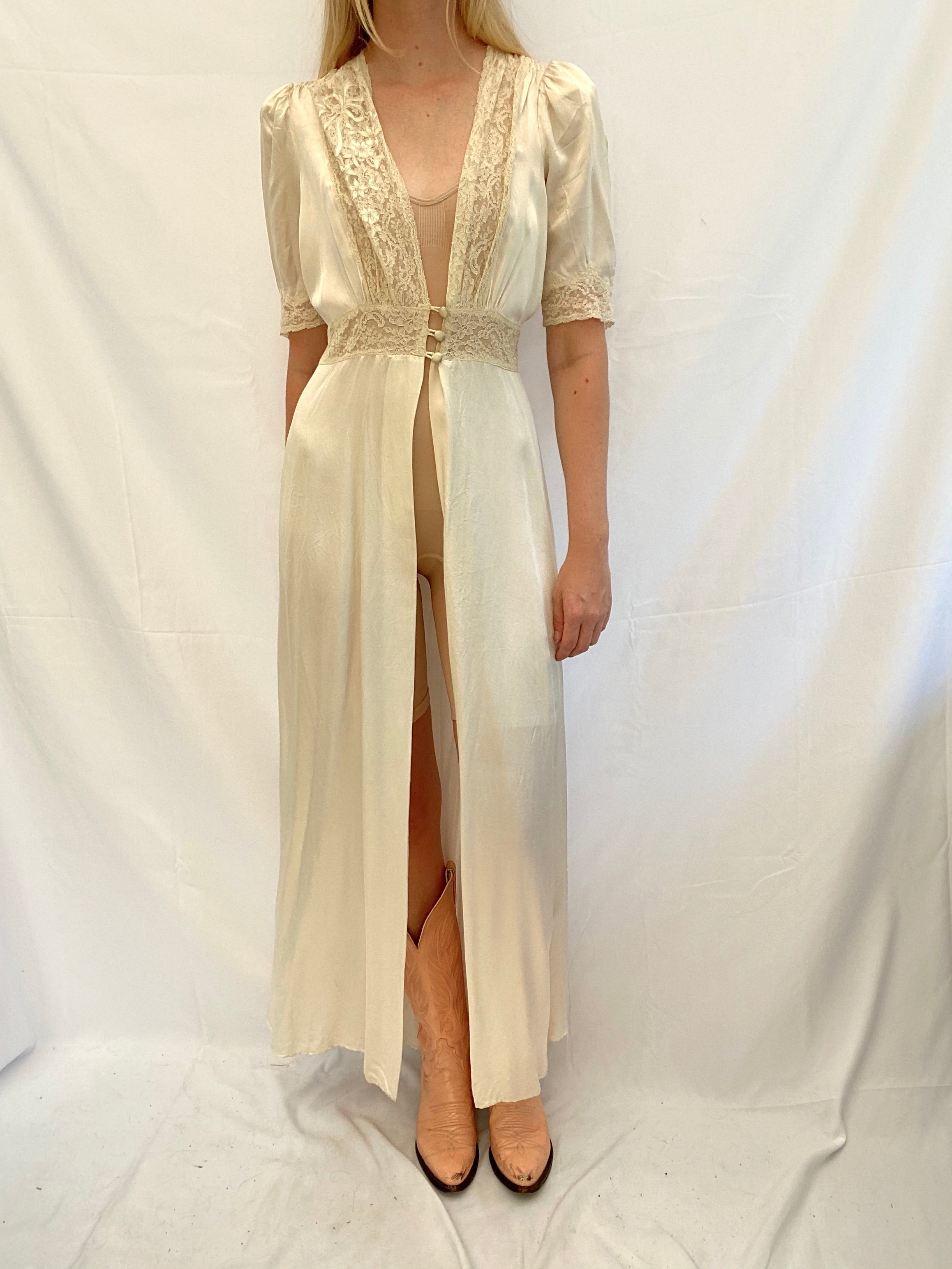Dreamy Off White Silk and Lace Robe