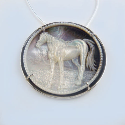 Dazzle Horse Pendant Necklace with Beading