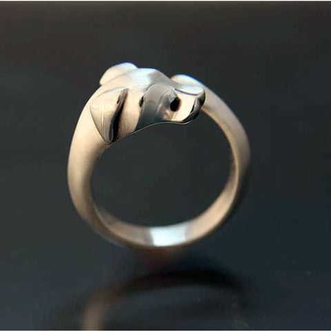 A Hound Dog Ring in Sterling Silver