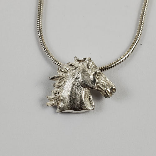 Rio Horse Head Pendant Necklace in Sterling Silver