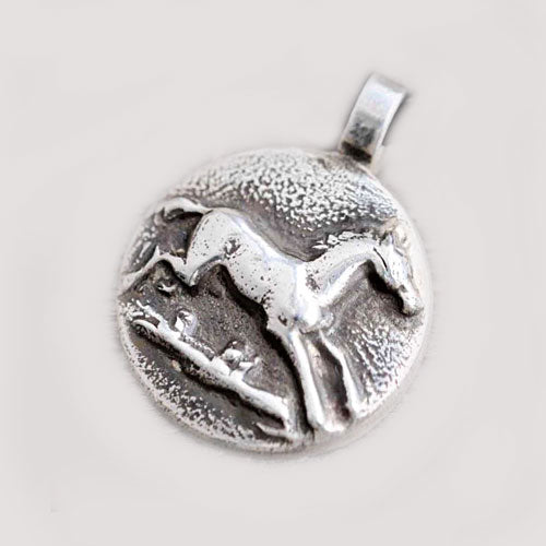 Running Horse Pendant Necklace in Silver
