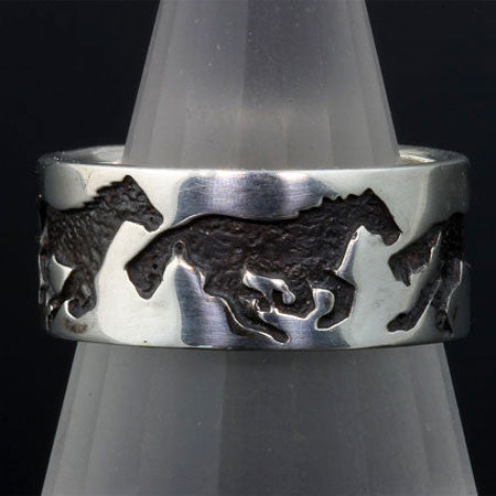 Galloping Horses Ring