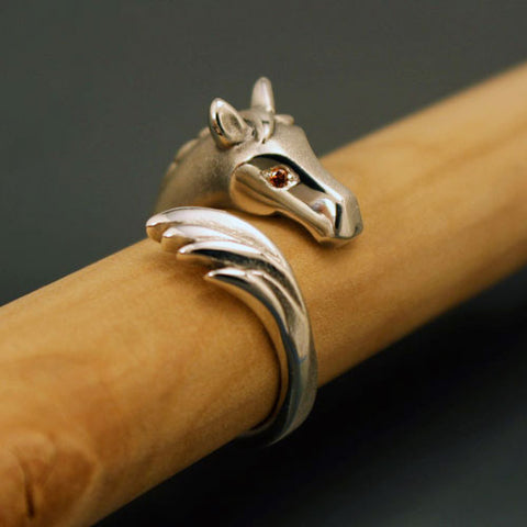 Horse Head and Tail Ring with Diamond Eyes