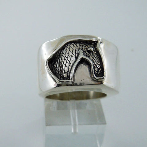 Cross Hatched Horse Head Ring