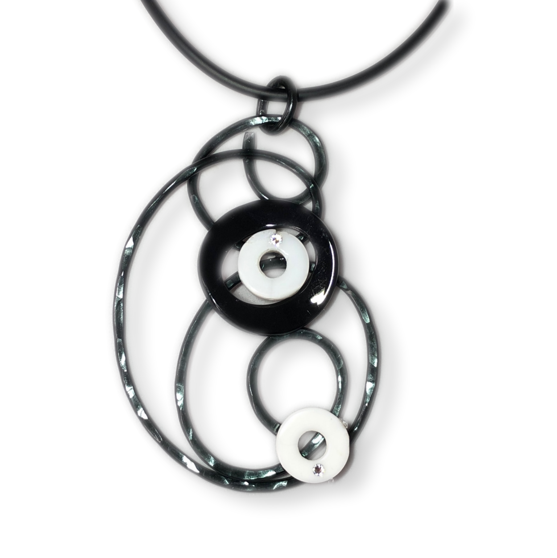 Black / White Wire Pendant