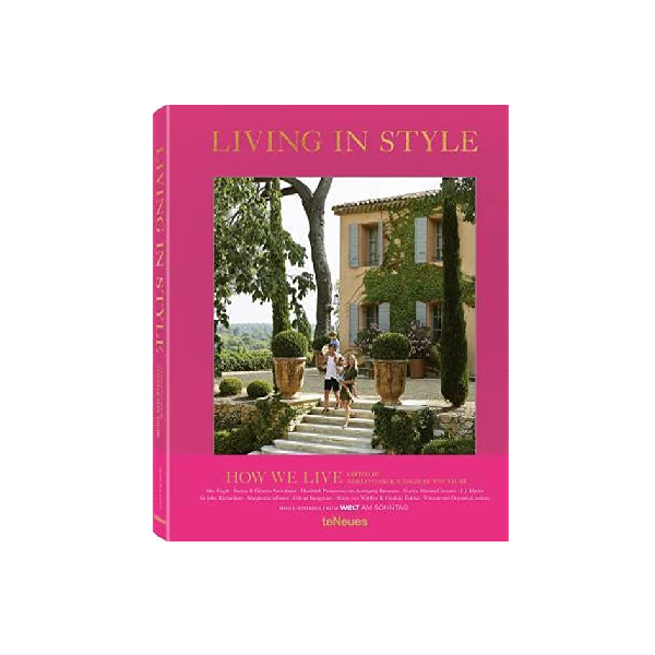 Living in Style : How We Live Coffee Table Book
