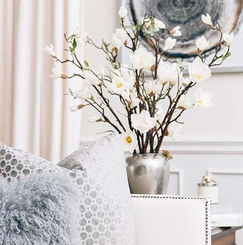 <center>Tasteful Decor Items For Your Home </center>